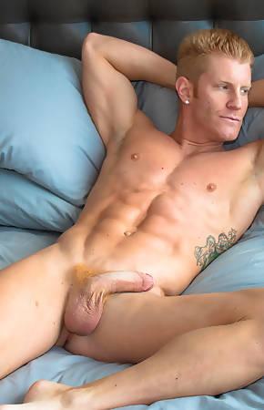 muscle hunks pics